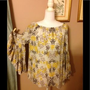 Fever scalloped and very floaty sleeves top